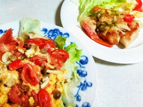 たまごとトマトの中華風炒め と油淋鶏