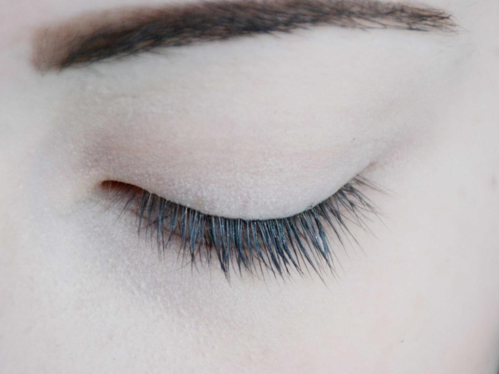 revitalash eyelash conditioner how to use
