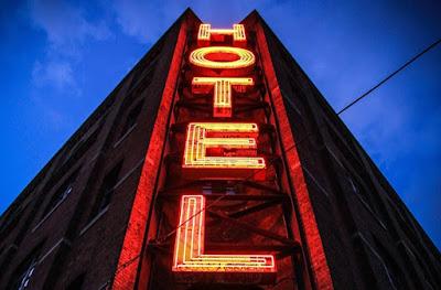 DBI | Hotel Reservation