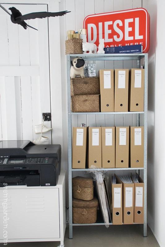 4 maneras de decorar una estanteria decorar tu casa es for Foro de decoracion facilisimo