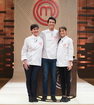Os campeões Izabel, Leonardo e Elisa voltam à cozinha do MasterChef - Divulgação/Band