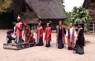Tari Sigale-Gale Kesenian Tradisional Dari Sumatera Utara