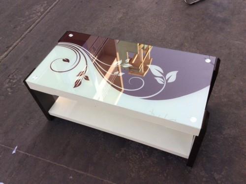 Một số mẫu bàn trà - bàn sofa kính cường lực in hoa văn vạn người mê