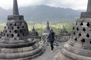 Candi Borobudur 10