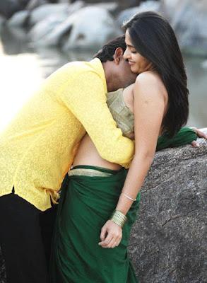 Telugu actress Anushka spicy navel show