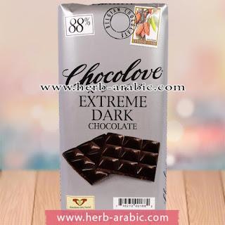 شوكولاتة داكنة قوية من شوكولوف