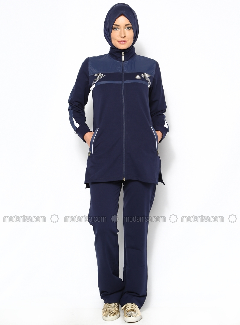 hijab sportswear hijab outfit for sport 2016 hijab fashion and chic style. Black Bedroom Furniture Sets. Home Design Ideas