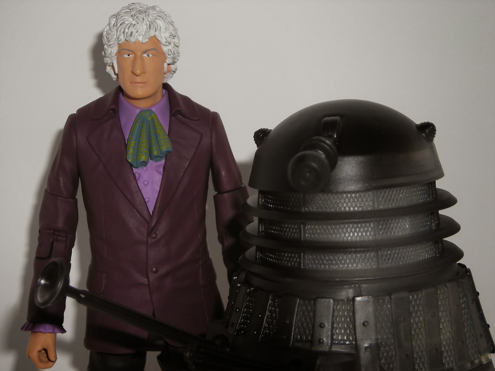 The third Doctor and Anti-Reflecting Light Wave Dalek