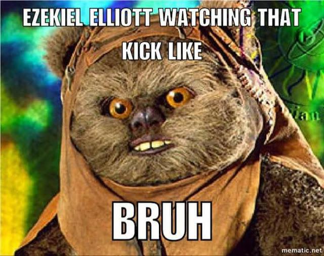 #cowboys. #ezekielelliot watching that kick like. bruh