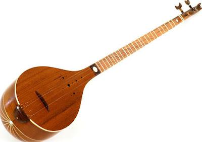 Setar, Iranian music instrument