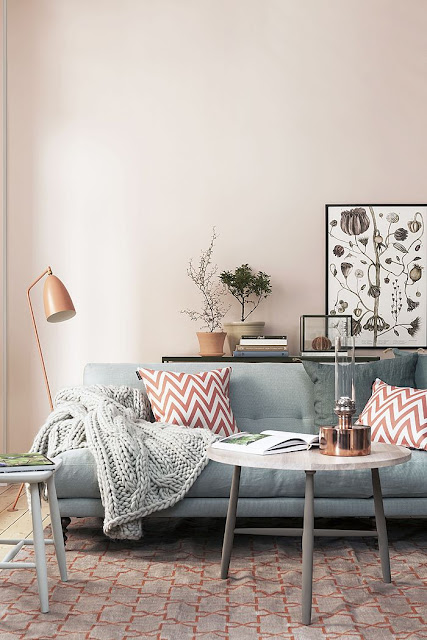 ANNY&: Trend: coloured sofa\'s
