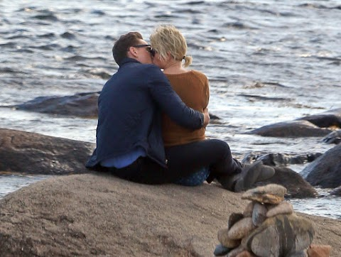 taylor swift sta con tom hiddleston: ha tradito calvin harris?