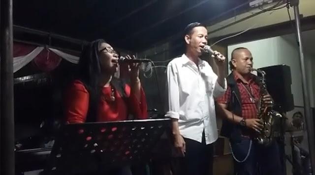 Ketika Jokowi (KW) Berduet dengan Artis Siantar nyantikan Lagu Jangan Salah Menilaiku