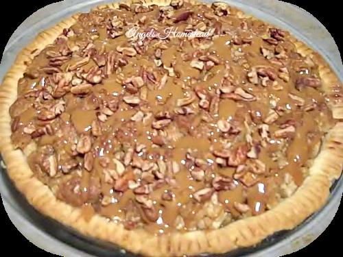 Home Sweet Homestead: Caramel Apple Pie