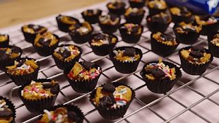 Resepi Biskut Cornflake Madu, Almond London Dan Red Velvet Dari Youtube Channel Che Nom