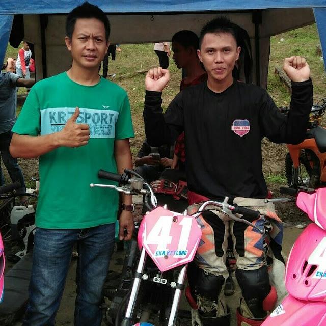 Eka Keylong Harumkan OKI di Road Race Championship Bupati Pali