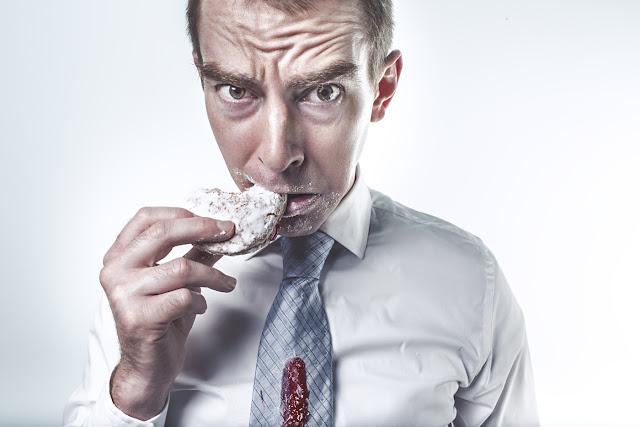 Jenis Makanan Yang Menjadi Pemicu dan Pereda Stres