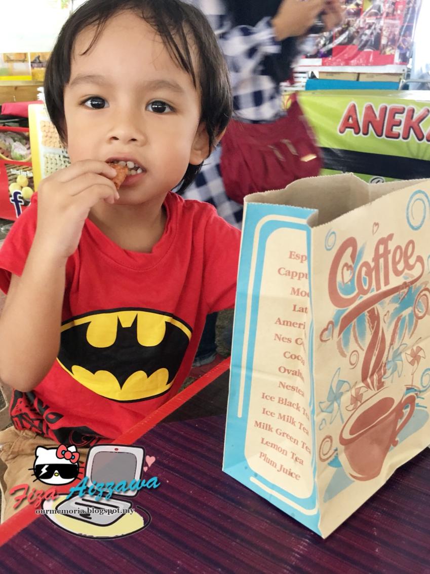 Me Y La Memoria Malaysia Thailand Halal Food Festival Mathaf Di Tcash Vaganza 36 Totebag Ethnic Black Ais Kepal Milo