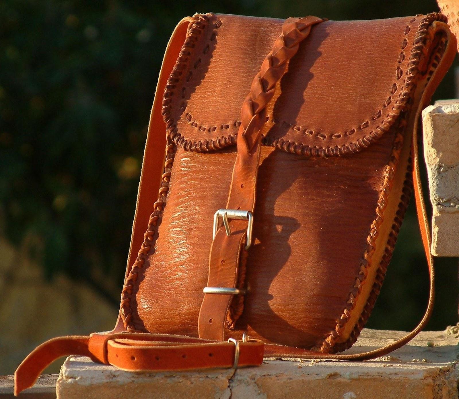 80614f6c2 bolsos cosidos a mano | Artesanía en Cuero Madrid Patrick Maroto