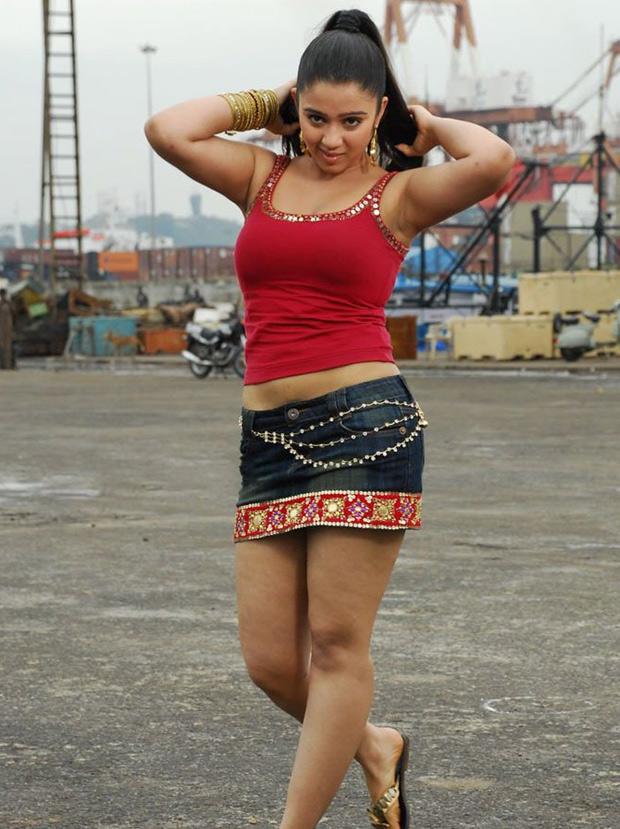 Charmi Low Hip Hot Photos  Cinemayam - Actress Hot -2579