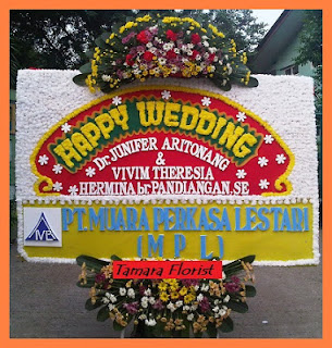 bunga papan happy wedding jakarta timur