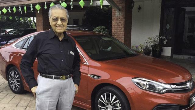 'Ayahanda' Ugut Mahu Tembak Tun Mahathir