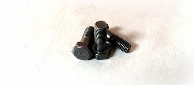 Custom/special hex head cap screw in grade 5 steel black oxide material - Engineered Source is a supplier and distributor of custom/special grade 5 hex head cap screws with black oxide finish - covering Santa Ana, Orange County, Los Angeles, Inland Empire, San Diego, California, USA, and Mexico