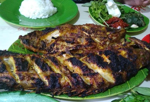 Ikan Bakar Pak Tarjo