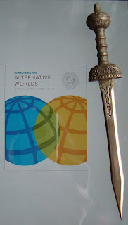 Portada del libro Global Trends 2030: Alternative Worlds, de Mathew Burrows