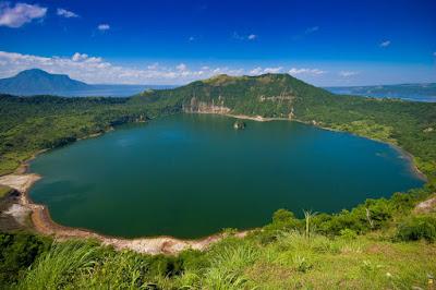 Daftar 10 Danau Terbesar dan Terluas di Dunia