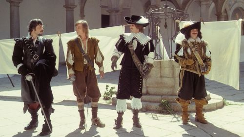 Oliver Reed, Michael York, Richard Chamberlain and Frank Finlay