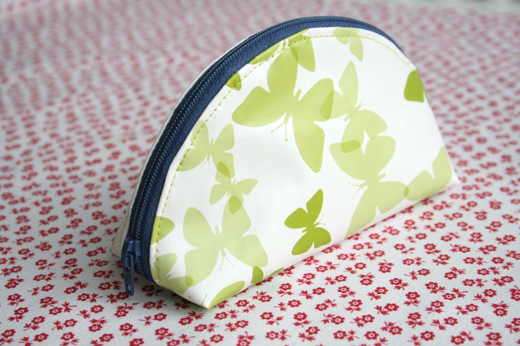 Dumpling Zipper Pouch Tutorial