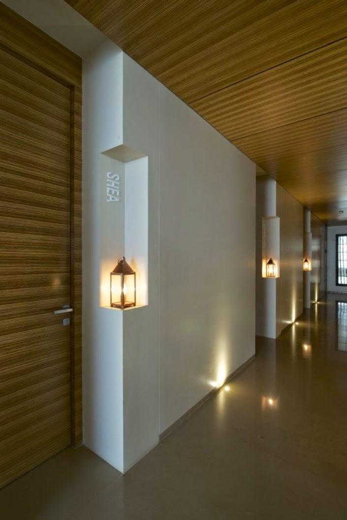 Decora hogar ideas para decorar pasillos v deo decorar - Puertas hasta el techo ...