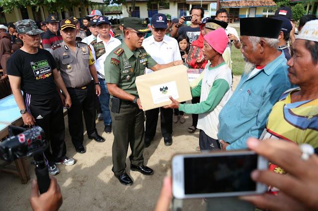 Lamtim Di Kelilingi Banjir, PEMKAB, POLRES, KODIM Sosialisasikan Bantuan
