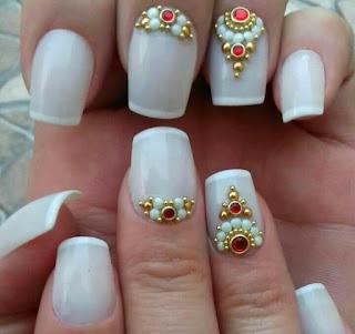 Manicure e pedicure em itapema