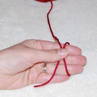 How to Crochet a Magic Ring   www.petalstopicots.com   #crochet