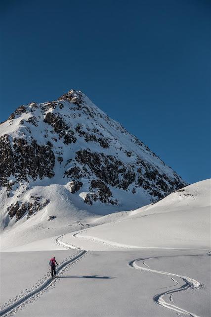 Die richtige Skitourenausrüstung