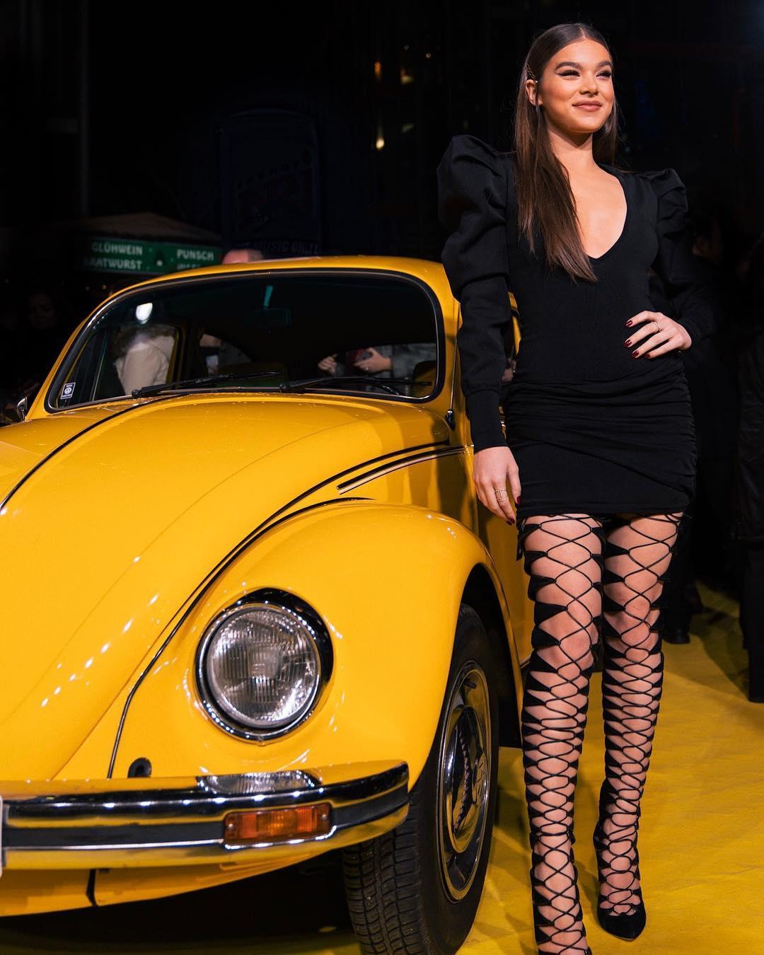 Hailee Steinfeld Photos- HD Actress Photo