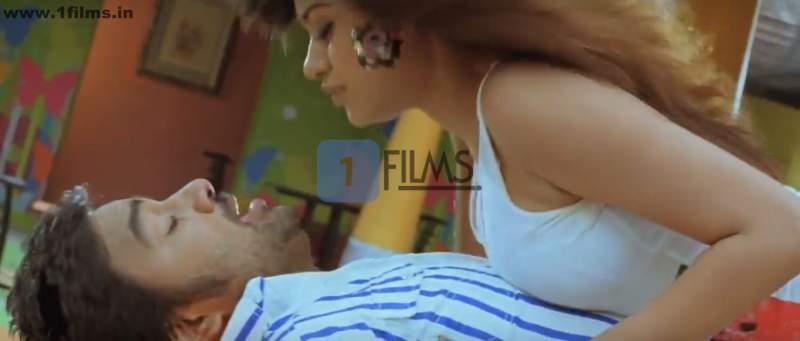 hot tamil actress oviya press in song