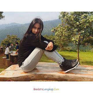 Biodata Nadya Arina Dan Foto Lengkap