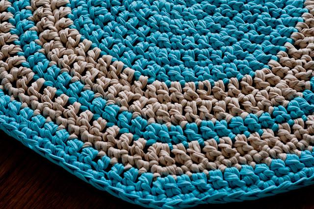 jak zrobić dywanik szydełkiem