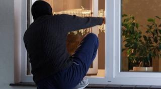 Σέρρες: Πυροβόλησε και τραυμάτισε διαρρήκτη μέσα στο σπίτι του
