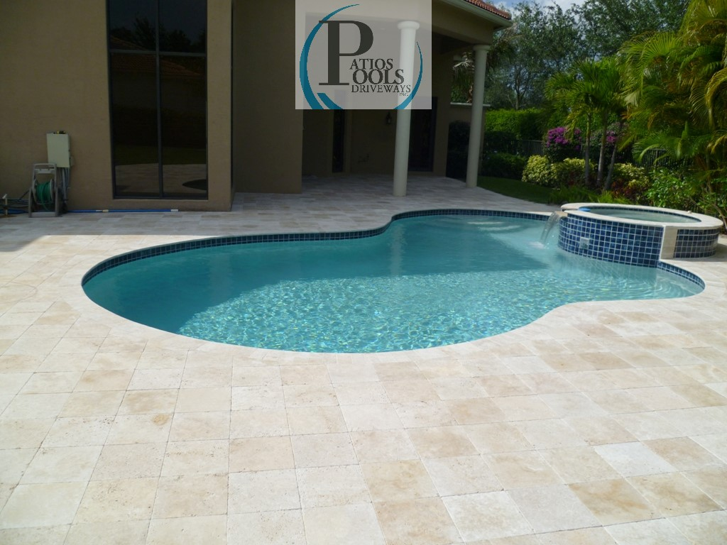 Travertine Pool Deck Travertine And Concrete Pavers For The Driveway Patio Pool Deck