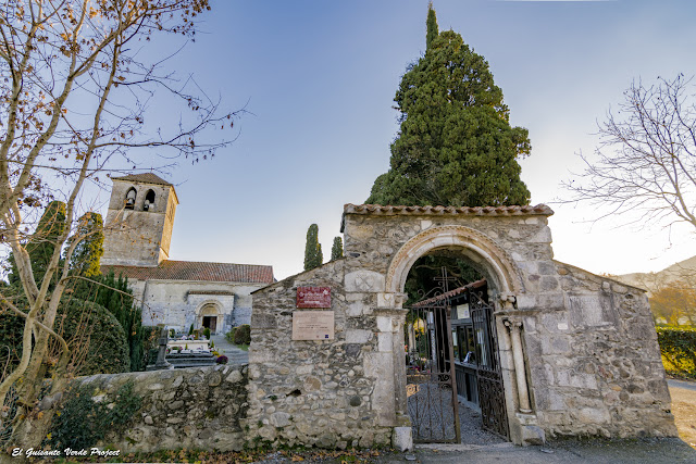 Saint Just de Valcabrere, entrada, siglo XII, por El Guisante Verde Project