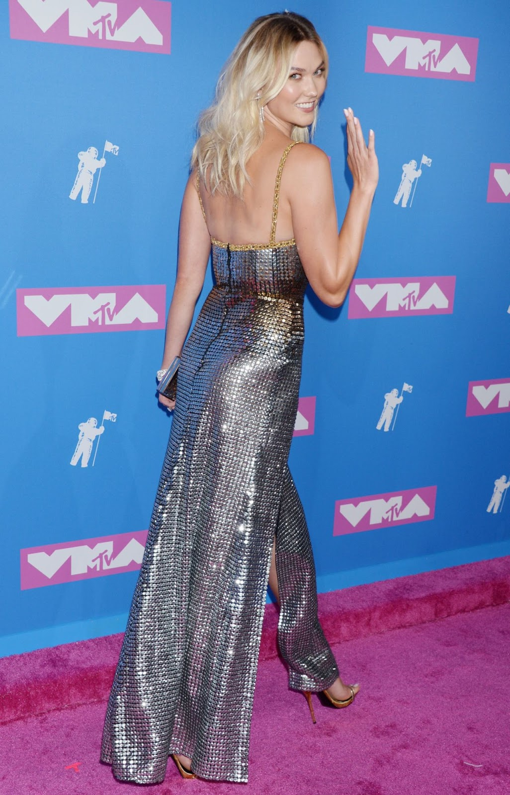 Karlie Kloss – 2018 MTV Video Music Awards