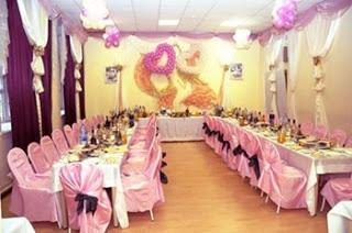 приметы свадебные про застолье http://prazdnichnymir.ru/еда, застолье, застолье свадебное, каравай, праздничный стол на свадьбу, приметы и суеверия, приметы народные, приметы про еду, приметы про каравай, приметы свадебные, свадьба, торт, торт свадебный, хлеб, приметы про торт, мудрость народная, суеверия, суеверия свадебные, традиции свадебные, обряды, бракосочетание, трапеза сважебная, про свадьбу, про приметы, про суеверия, жених, невеста, молодожены, гости, семья, Праздничный мир,