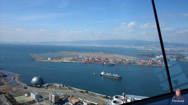 memanfaatkan pulau reklamasi sebagai pelabuhan