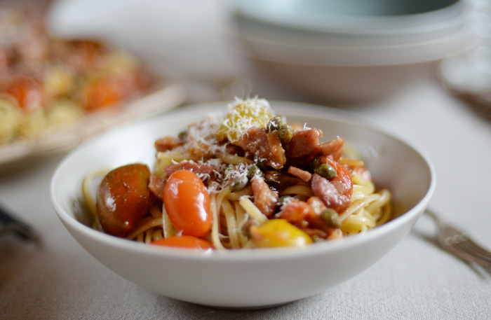 Lemon & Vanilla: Pasta with tomatoes, capers, bacon and ...
