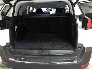 Thảm lót cốp Peugeot 5008