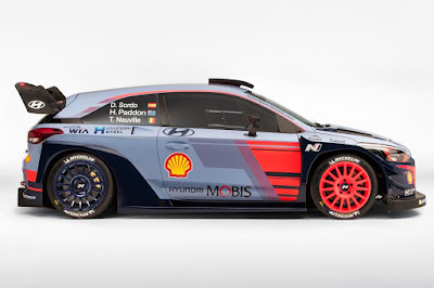 Hyundai i20 Coupe WRC 2017 Side